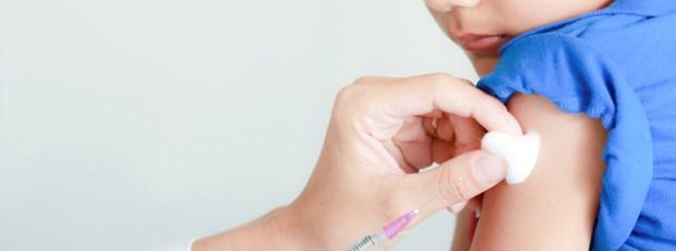 As vacinas necessárias desde criança até idade adulta