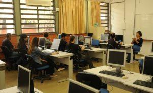 escola computadores Distrito Federal