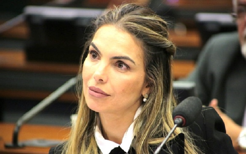Deputada Paula Belmonte