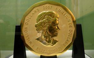 Moeda de ouro de 100 quilos