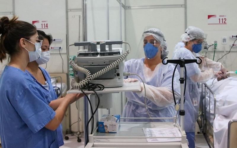 Médicos treinamento