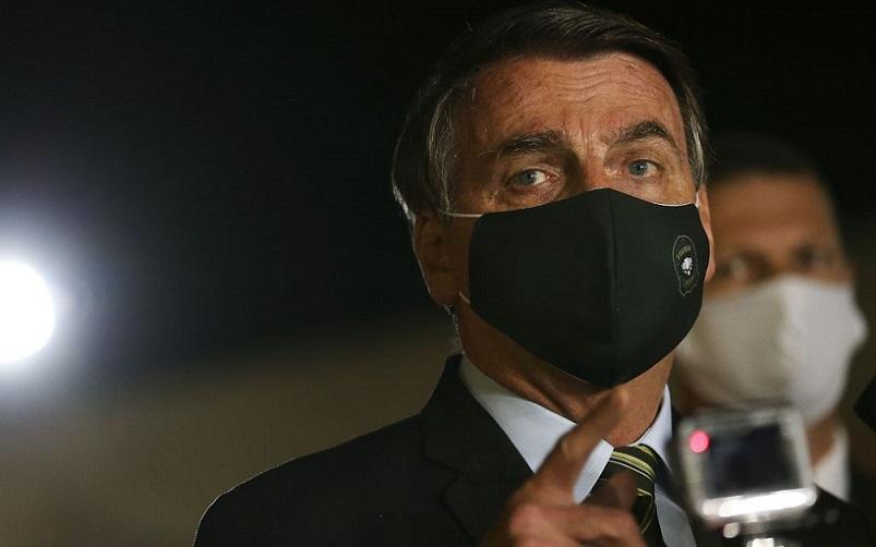 Boletim indica que Bolsonaro se recupera bem após cirurgia