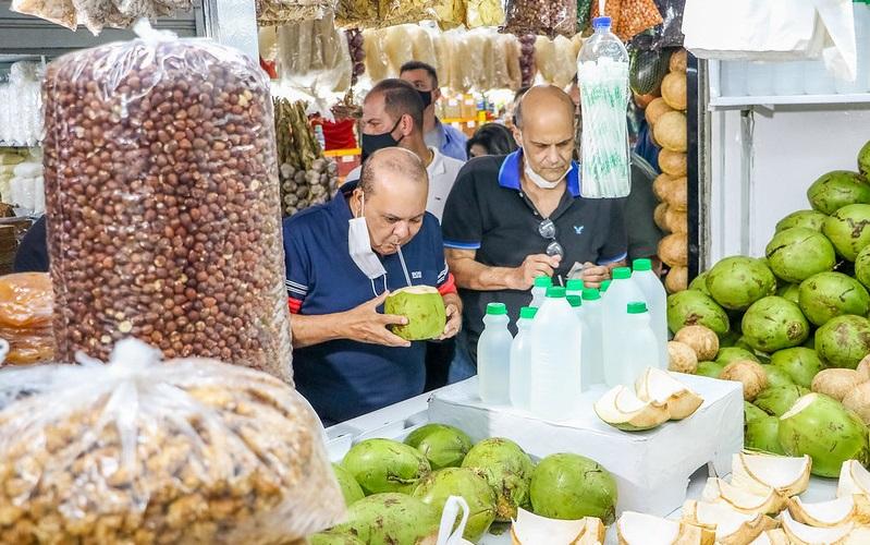 Ibaneis garante reforma da Feira do Guará na próxima semana