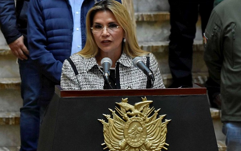 presidenta da Bolívia, Jeanine Añez