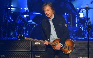 Cantor Paul McCartney