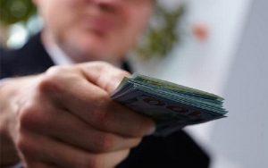 Dinheiro mãos