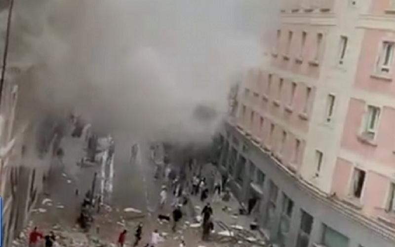 Explosão destrói três andares de um prédio em Madri