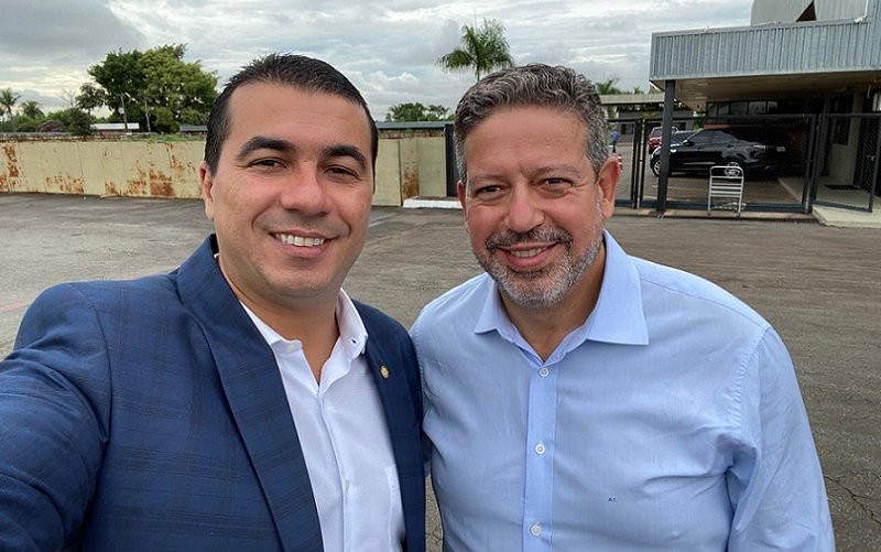 Deputados Luís Miranda e Arthur Lira