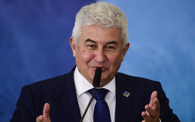 Ministro reitera que foi pego de surpresa com corte de verbas para ciência e tecnologia
