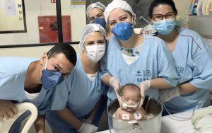 Banho de balde bebê Hospital DF
