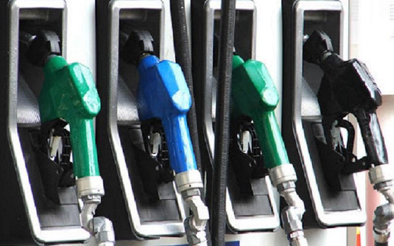 Bolsonaro pretende cota única para ICMS sobre combustíveis