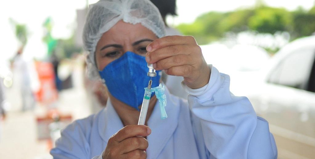 Governo do DF decide acelerar vacinação contra a Covid-19