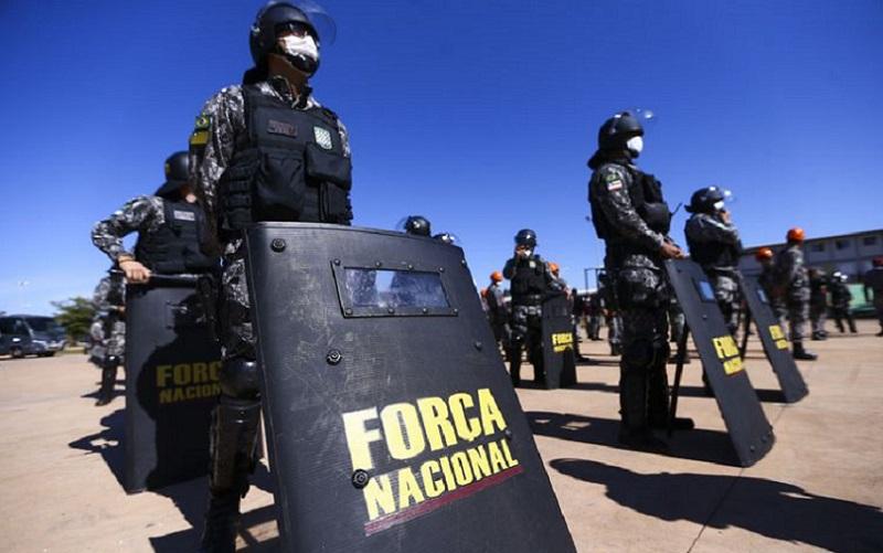 Distrito Federal recebe armas e equipamentos de segurança