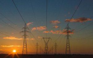 Energia elétrica alta tensão