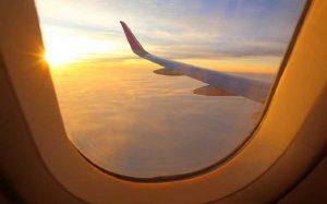 Avião céu janela