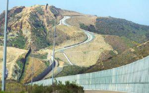 Muro fronteira EUA México Misto Brasília