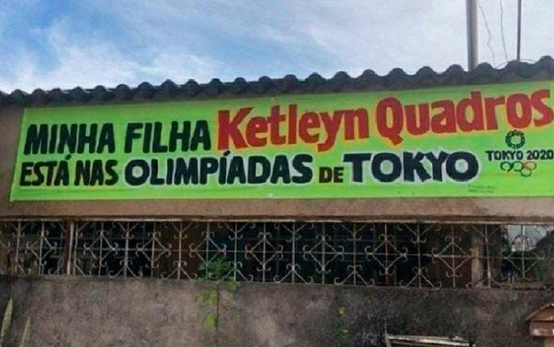 Faixa mostra orgulho da família com a judoca Ketleyn Quadros