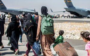 Afeganistão evacuação aeroporto